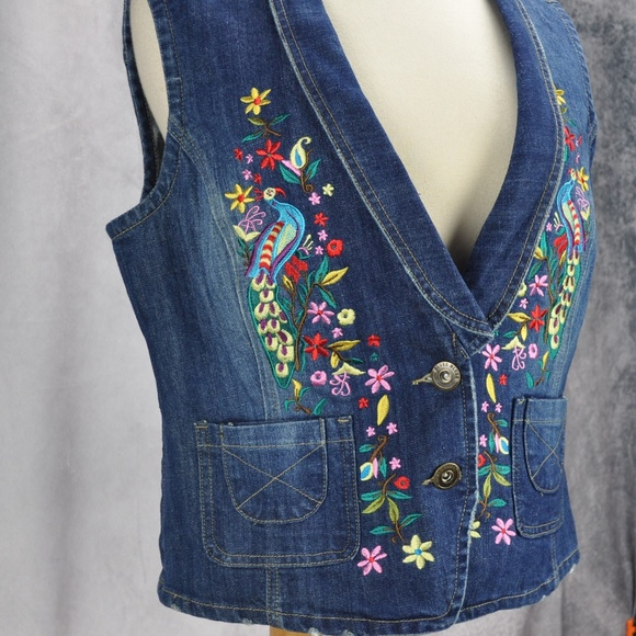 Baccini Jackets & Blazers - Baccini Embroidered Floral Birds Denim Vest